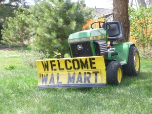 Neighborhood 'Wecome Walmart' sign