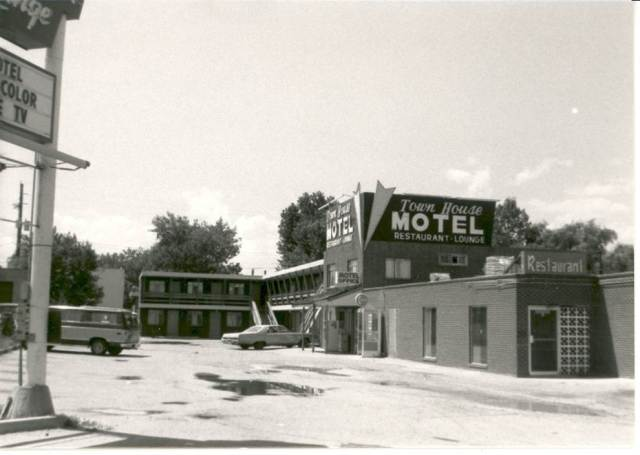 Wadsworth motel before urban renewal